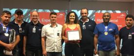 Trans Gobbi recebe prêmio
