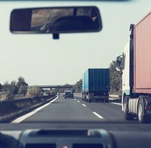 Caminhões restritos em 23 dias do ano